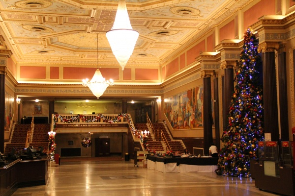 The lobby of Cleveland, State Theatre of Ohio, where Shen Yun Touring Company will be performing.