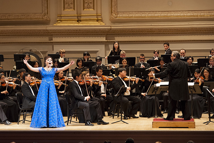 Soprano Geng Haolan performs with the Shen Yun Symphony Orchestra Sunday..
