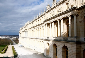 View of the outside from one of the many rooms in the Palace of Versailles (Annie Li).