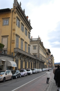 Walking the streets of Florence (TK Kuo).