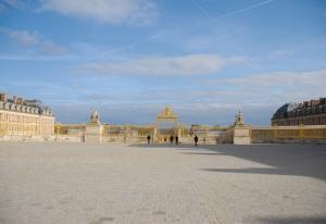 Blick vom Palais des Congrès de Paris aus, wo Shen Yun vom 11.-13. März aufgetreten ist. (TK Kuo)