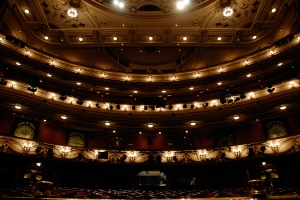 The London Coliseum, also known as the English National Opera, was renovated in 2004 (TK Kuo).