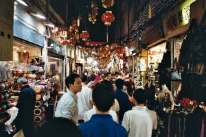 Chợ đêm Thạch Lâm nổi tiếng ở Đài Bắc chuẩn bị đầy đủ cho việc mua sắm mọi thứ lỉnh kỉnh. (Jacob Wallenberg)