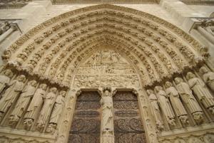 Notre Dame, construida en 1163, es uno de los mejores ejemplos de la arquitectura gótica francesa. (TK Kwok)