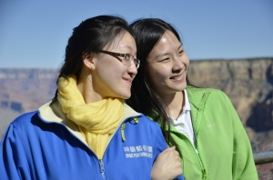 The Grand Canyon provides fantastic photo ops - musicians Maria Han and Yi-Chin Lin. (Annie Li)