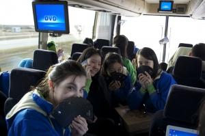 在巴士上坐37小時,无聊「驱使」人們得了「幽居」症…… (Lily Wang, Nikon D5100)