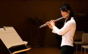 Shen Yun flautist Chia-jung Lee prepares for the concert at Boston Symphony Hall, Oct. 9.