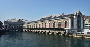 En Ginebra actuamos en el Batiment des Forces Motrices (BFM), ubicado en medio del río Rhône. (Lily Wang)