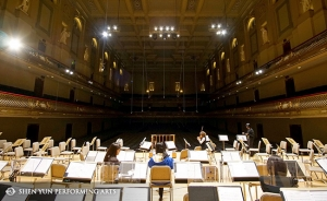 Shen Yun Symphony Orchestra musicians prepare for a rehearsal at Boston Symphony Hall, Oct. 4.