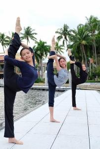 Från vänster: Dansarna Grace Lin, Michelle Xu och Justina Zheng.