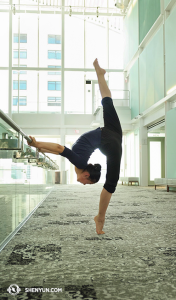 Dancer Rita Fu warming up in the lobby of the Dr Phillips Center for the Performing Arts in Orlando. (photo by dancer Nancy Wang)
