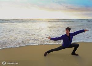 Dancer Joe Huang. (photo by dancer Zack Chan)
