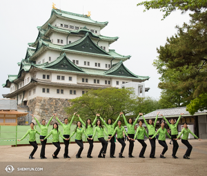 The ladies of Shen Yun World Company in Japan. (photo by dancer Stephanie Guo)
