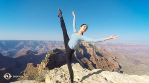 This week, we take a break from Europe and take in some scenes from the U.S. Southwest, where Shen Yun International Company is touring. Principal Dancer Chelsea Cai enjoys sunshine at the Grand Canyon.