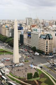 アルゼンチンの首都、ブエノスアイレス。神韻巡回芸術団はここのテアトロ・オペラで10回公演を行った。