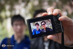 With lots of photo-ops across Europe, dancers Rocky Liao and Zack Chan were feeling a little selfieish.