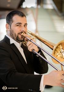 ルーマニア出身で受賞レベルの演奏家、アレクサンドル・モラル。