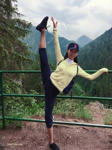 Dancer Betty Wang certainly gets a kick out of the view!
