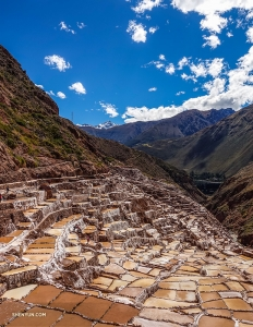 They also take a tour of the Salineras de Maras. These ancient salt mines were dug into the side of the Andes Mountains, making for an impressive sight.