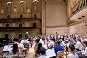 Anschließend kehrten wir zum sechsten Mal in Folge in die Boston Symphony Hall zurück, die mit ihrer schönen Architektur und hervorragenden Akustik einer der Lieblingsorte unserer Orchestermitglieder ist.