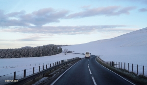 Shen Yun International Company braves the snow to journey to Scotland. (Photo by Tiffany Yu)