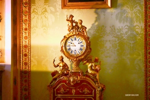 "An ornate clock at ""carefree palace."" (Photo by Tony Zhao)"