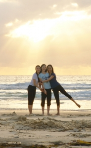 Dancers (from left) Yuwen Lin, Yoriya Kikukawa, and Betty Wang enjoy their last morning in Gold Coast, Australia.