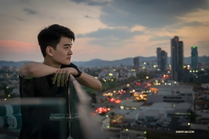 William Li takes in the view. (Photo by Sam Pu)