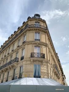 もうお別れの時間! また来年までさようなら、パリ。