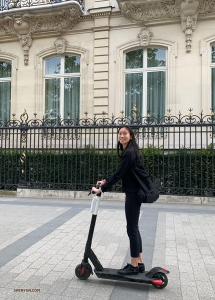 Running out of time! Principal Dancer Michelle Lian scoots around to make her sightseeing more efficient.