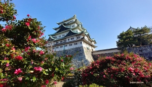 Перед началом выступлений компании по всей стране артисты посещают в Нагое идиллический замок Тэнсю и его окрестности. (Фото: ведущий кларнетист Евгений Резник)