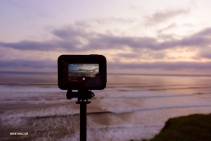Shooting timelapse footage of the ocean scene. (Photo by Jeff Chuang)