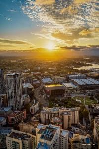 美麗的奧克蘭日落。(攝影:薛心壇)